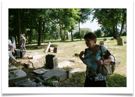 Visiting the Jewish Cemetery 4