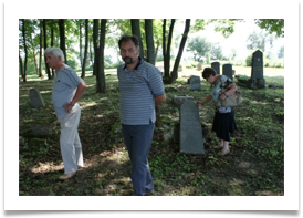 Visiting the Jewish Cemetery 5